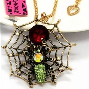 BETSEY JOHNSON~ Spider Web Necklace